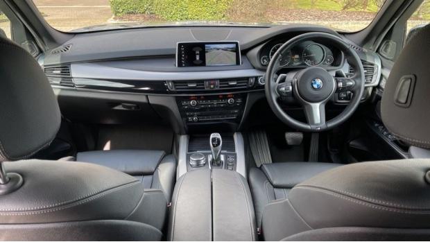 2018 BMW XDrive40d M Sport (Grey) - Image: 4