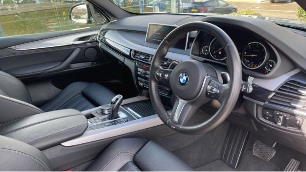 2018 BMW XDrive40d M Sport (Grey) - Image: 6