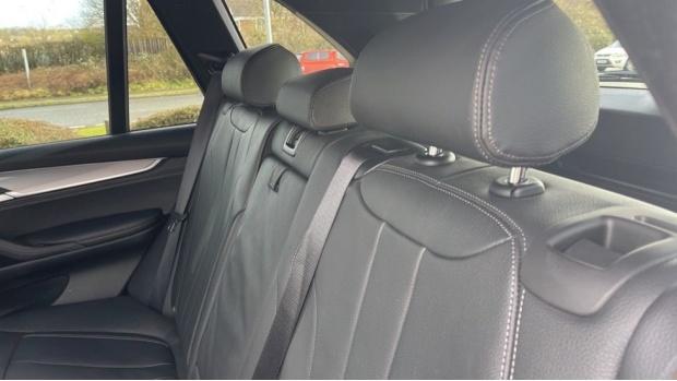 2018 BMW XDrive40d M Sport (Grey) - Image: 12