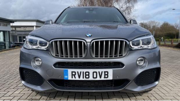 2018 BMW XDrive40d M Sport (Grey) - Image: 30