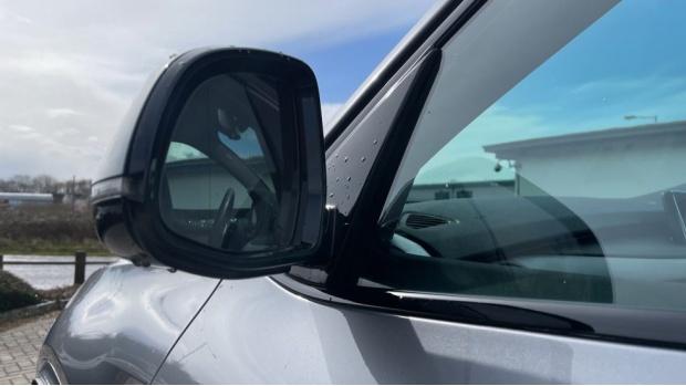 2018 BMW XDrive40d M Sport (Grey) - Image: 33