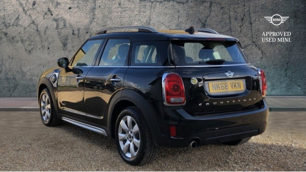 2018 MINI F60 Cooper S E ALL4 PHEV Countryman (Black) - Image: 2