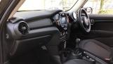 2020 MINI 5-door One Classic (Black) - Image: 7