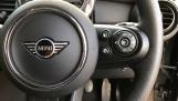 2020 MINI 5-door One Classic (Black) - Image: 18