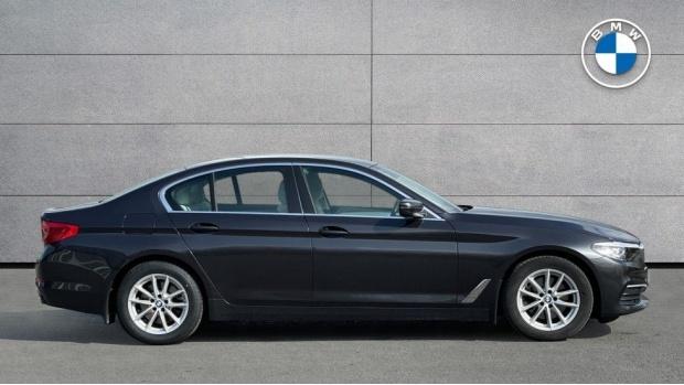 2019 BMW 520d SE Saloon (Grey) - Image: 3