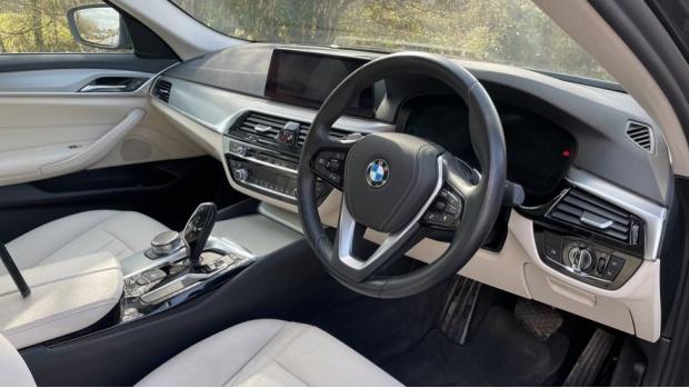2019 BMW 520d SE Saloon (Grey) - Image: 6