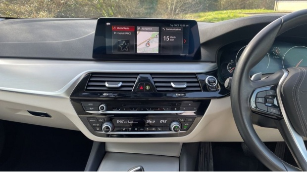2019 BMW 520d SE Saloon (Grey) - Image: 8