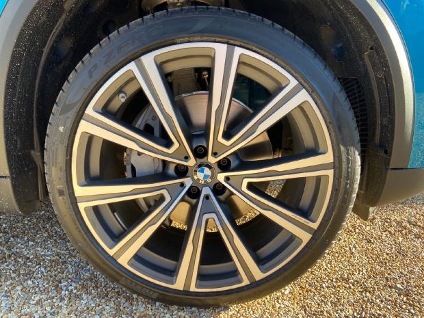 2021 BMW 40d MHT xLine Auto xDrive 5-door  - Image: 3