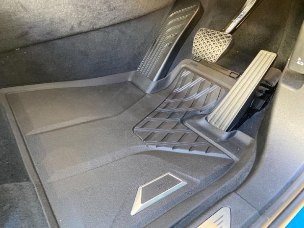 2021 BMW 40d MHT xLine Auto xDrive 5-door  - Image: 9