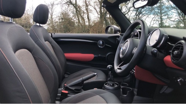 2017 MINI Cooper Convertible (Red) - Image: 11