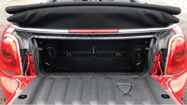2017 MINI Cooper Convertible (Red) - Image: 13