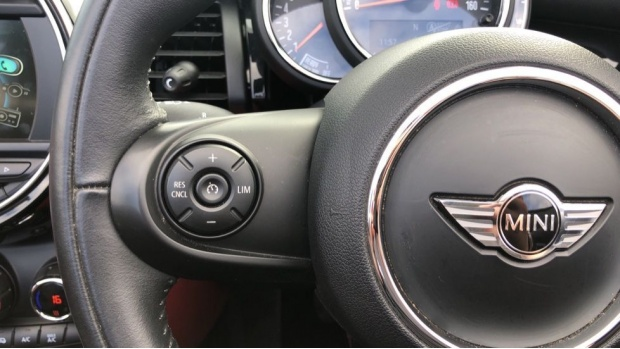 2017 MINI Cooper Convertible (Red) - Image: 17