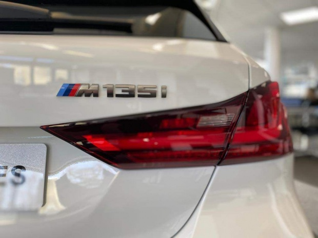 2021 BMW M135i Auto xDrive 5-door (White) - Image: 12