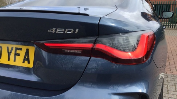 2020 BMW 420i M Sport Coupe (Blue) - Image: 22