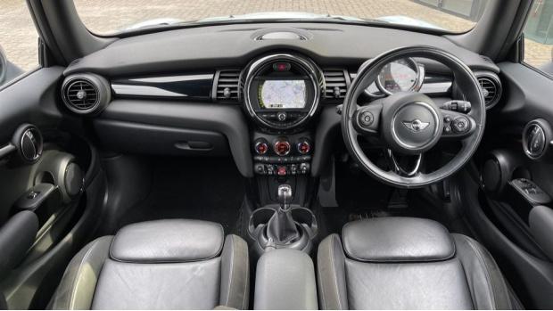 2017 MINI Cooper S 3-door Hatch (Blue) - Image: 4