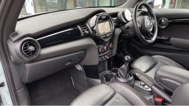 2017 MINI Cooper S 3-door Hatch (Blue) - Image: 7