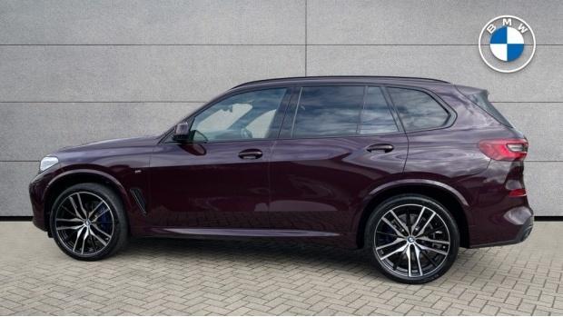 2021 BMW XDrive30d M Sport  - Image: 3