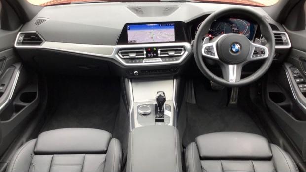 2020 BMW 320i M Sport Saloon (Orange) - Image: 4