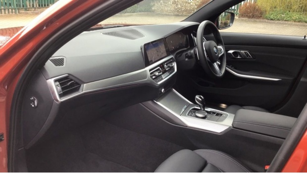 2020 BMW 320i M Sport Saloon (Orange) - Image: 7