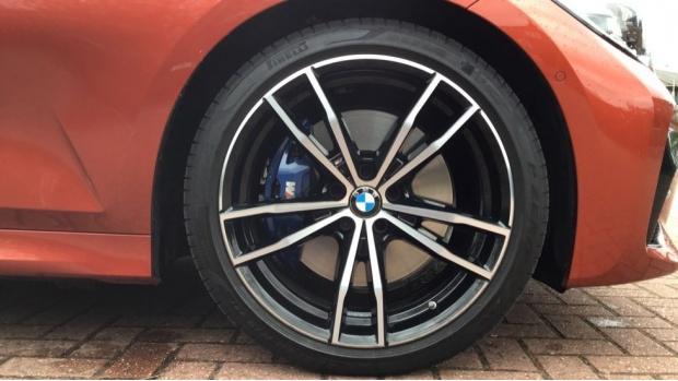 2020 BMW 320i M Sport Saloon (Orange) - Image: 14