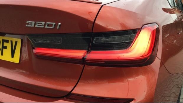 2020 BMW 320i M Sport Saloon (Orange) - Image: 22