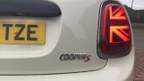 2019 MINI 5-door Cooper S Classic (White) - Image: 21