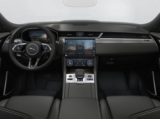 2021 Jaguar V6 MHEV R-Dynamic SE Auto 5-door (Black) - Image: 4