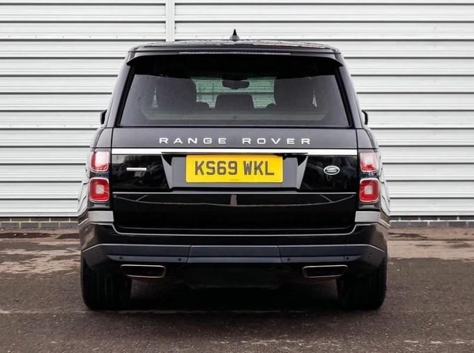 2019 Land Rover SD V6 Autobiography Auto 4WD 5-door (Black) - Image: 6