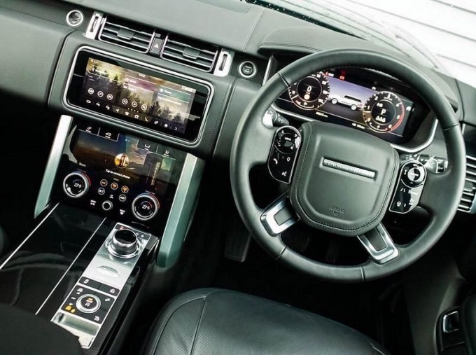 2019 Land Rover SD V6 Autobiography Auto 4WD 5-door (Black) - Image: 10