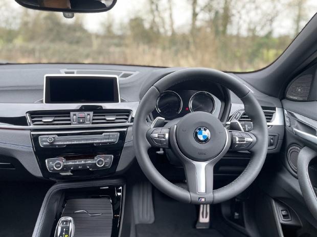 2021 BMW 20d M Sport Auto xDrive 5-door (Grey) - Image: 5