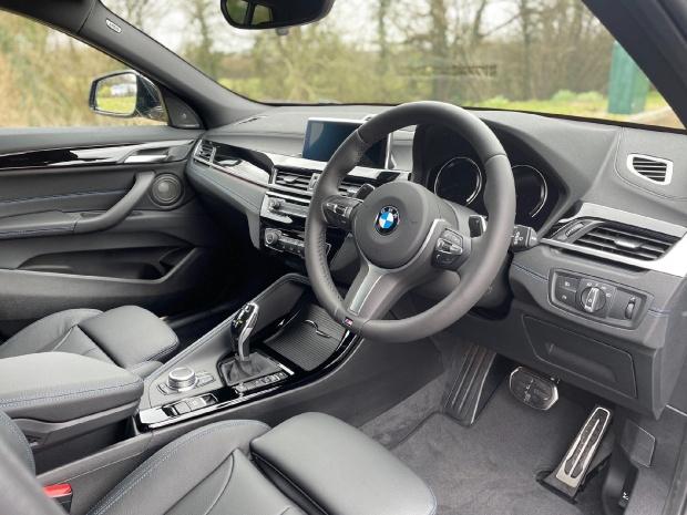 2021 BMW 20d M Sport Auto xDrive 5-door (Grey) - Image: 6