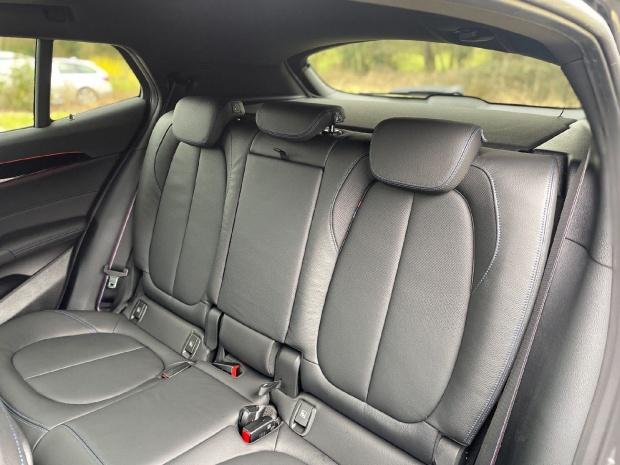 2021 BMW 20d M Sport Auto xDrive 5-door (Grey) - Image: 12