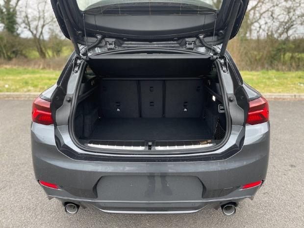 2021 BMW 20d M Sport Auto xDrive 5-door (Grey) - Image: 13