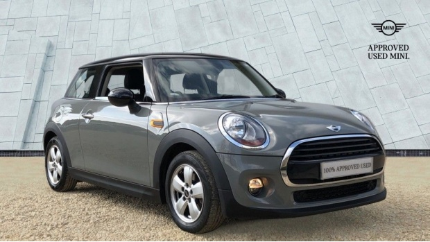 2017 MINI Cooper 3-door Hatch (Grey) - Image: 1