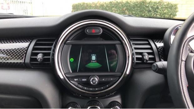 2018 MINI Cooper S 3-door Hatch (Silver) - Image: 8