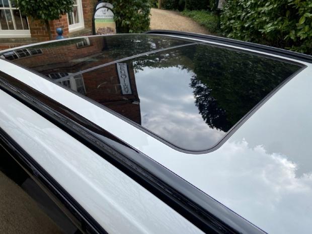 2021 BMW 320d MHT M Sport Touring Auto 5-door (White) - Image: 11