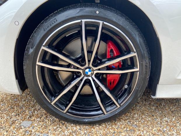 2021 BMW 320d MHT M Sport Touring Auto 5-door (White) - Image: 15