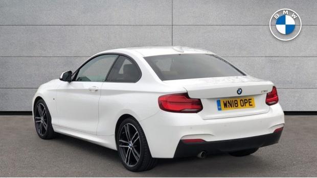 2018 BMW 218i M Sport Coupe (White) - Image: 2
