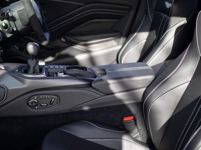 2021 Aston Martin V8 2-door (Grey) - Image: 10
