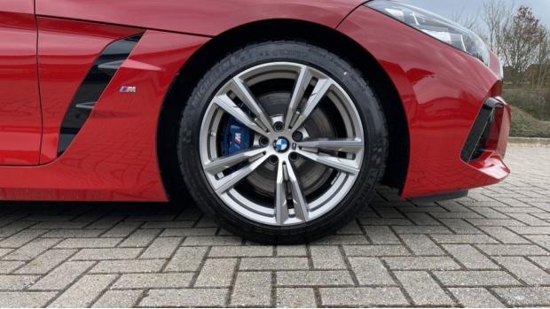 2020 BMW SDrive30i M Sport (Red) - Image: 14