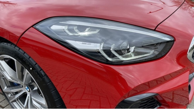 2020 BMW SDrive30i M Sport (Red) - Image: 23