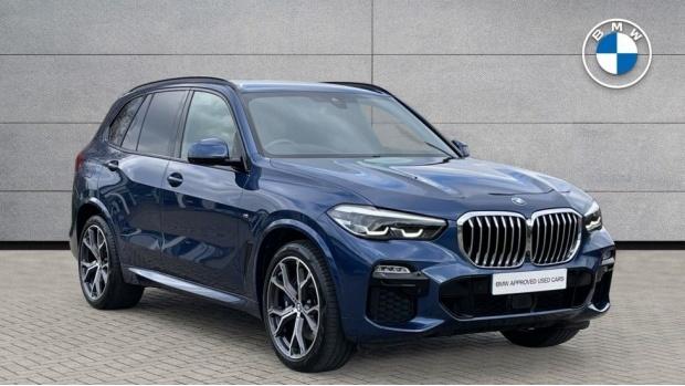 2019 BMW XDrive30d M Sport (Blue) - Image: 1