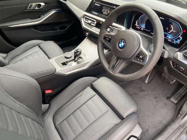 2021 BMW 330e 12kWh M Sport Auto xDrive 4-door (Black) - Image: 7