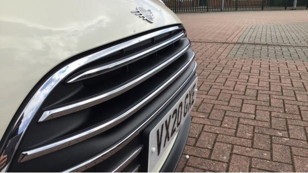 2020 MINI Cooper Exclusive (White) - Image: 23