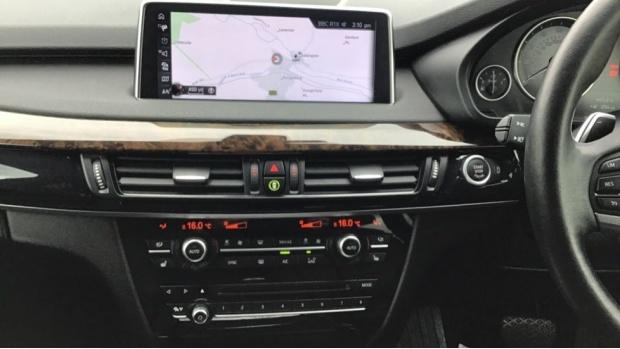 2016 BMW XDrive40d SE (Grey) - Image: 8