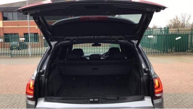 2016 BMW XDrive40d SE (Grey) - Image: 27