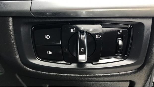 2016 BMW XDrive40d SE (Grey) - Image: 33