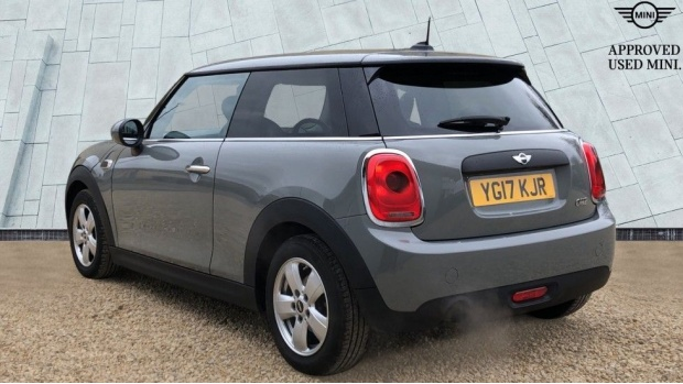 2017 MINI One 3-door Hatch (Grey) - Image: 2