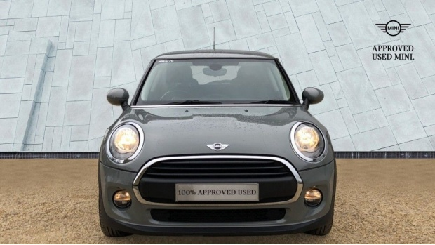 2017 MINI One 3-door Hatch (Grey) - Image: 16
