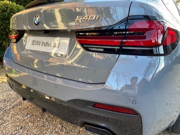 2021 BMW 540i MHT M Sport Touring Steptronic xDrive 5-door  - Image: 4